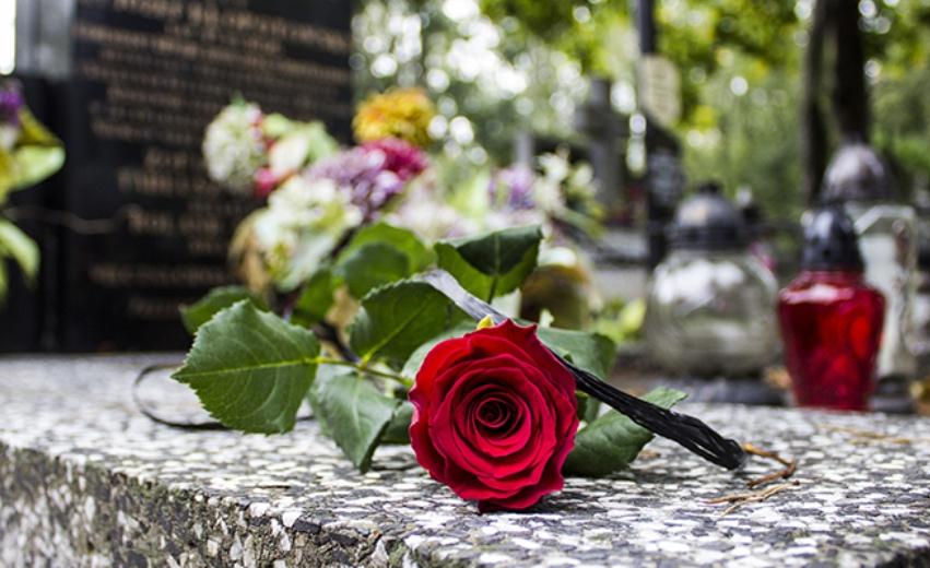 Cimiteri comunali riapertura
