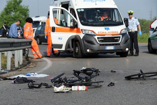ciclista ucciso