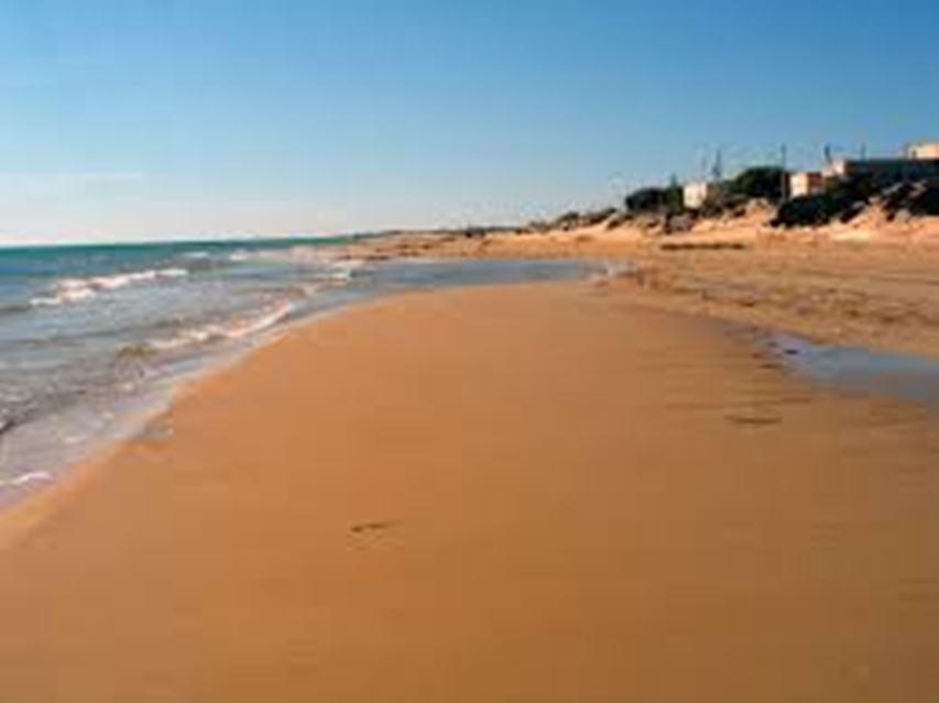 Attività sportive in spiaggia e in mare a Latina