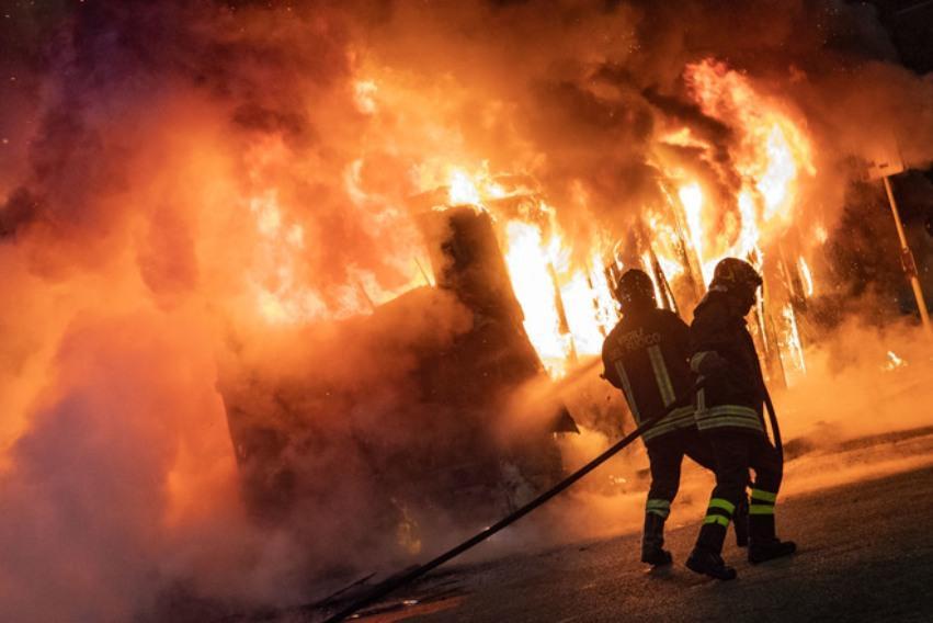 Bus a fuoco