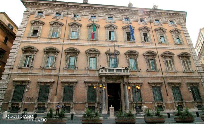 Casta e privilegi, Montecitorio