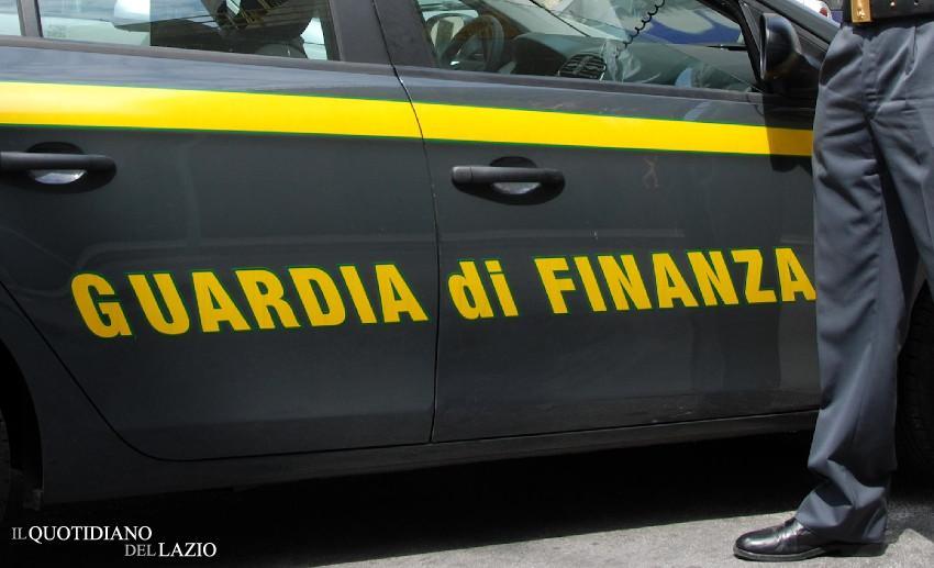Guardia di Finanza, discarica abusiva