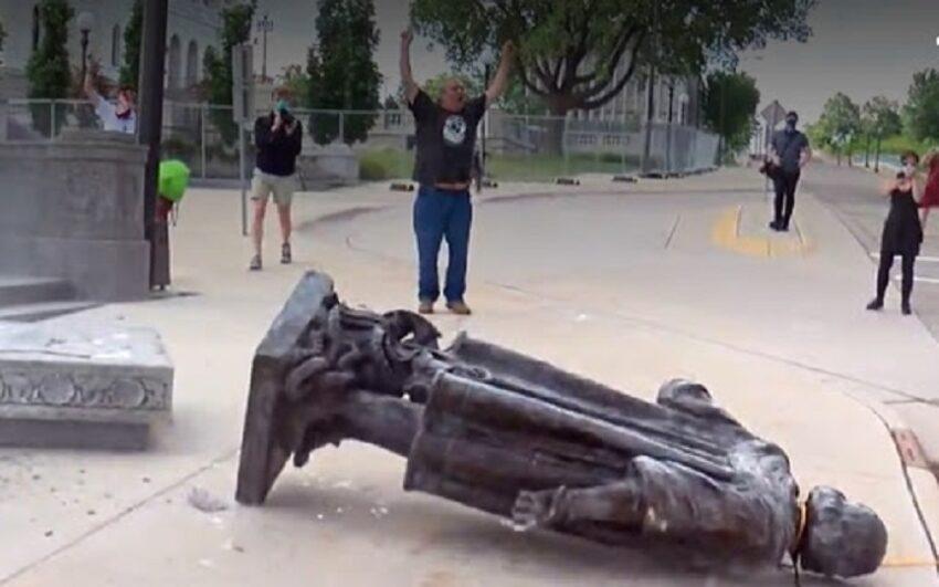 statua di colombo abbattuta a minneapolis