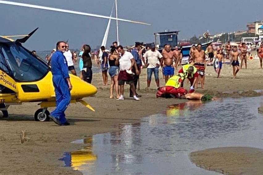 torvaianica spari in spiaggia