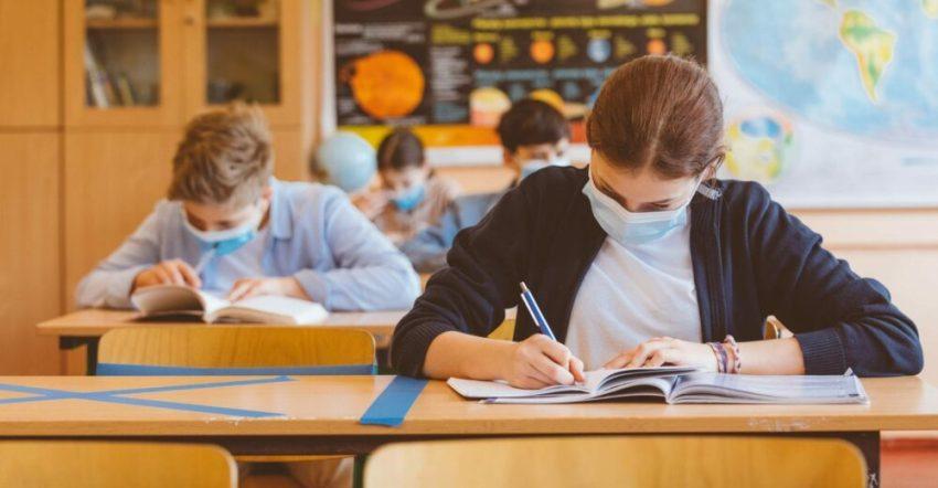 scuole superiori lazio covid-19