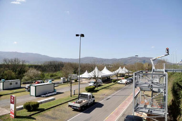 centro vaccinale drive-in valmontone outlet covid