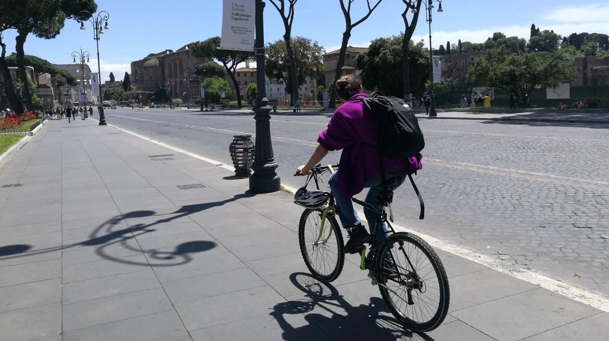 via dei fori imperiali bici