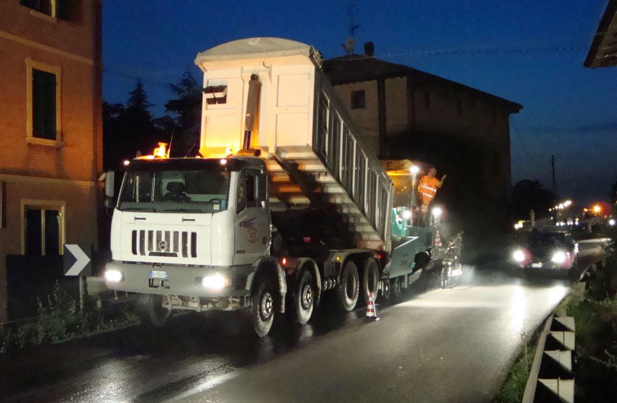 lavori stradali notturni