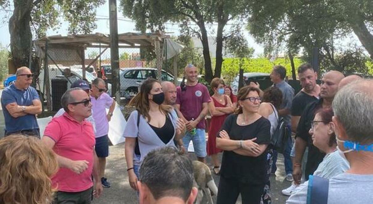 discarica albano, sit-in di protesta dei cittadini