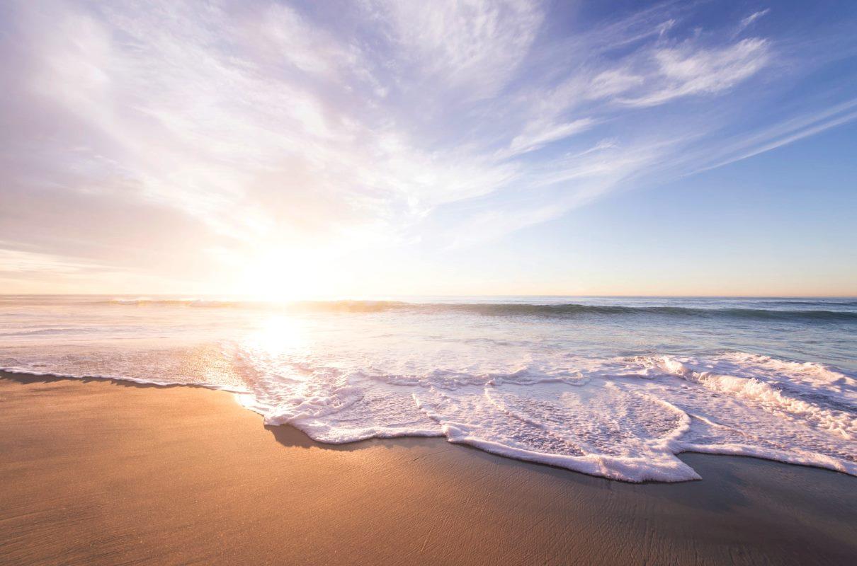 spiaggia, bagnasciuga
