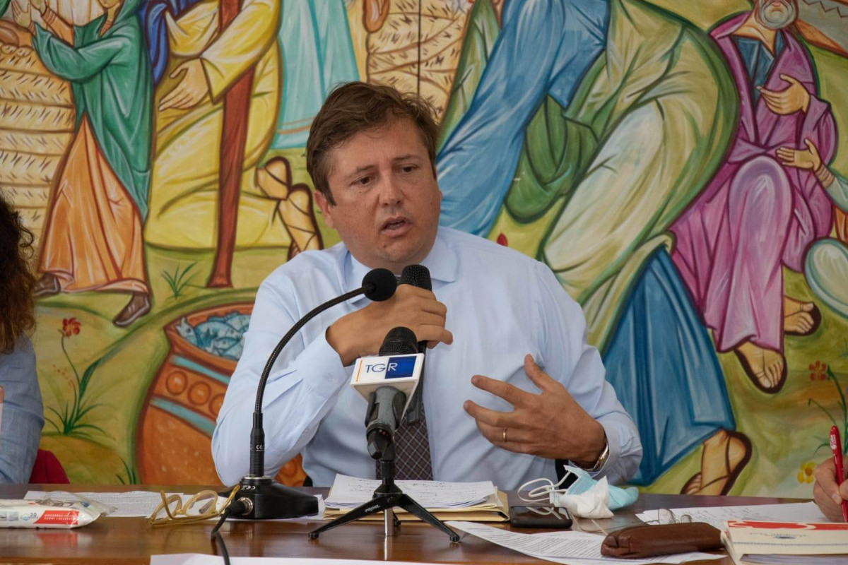 Pierpaolo Sileri in conferenza stampa