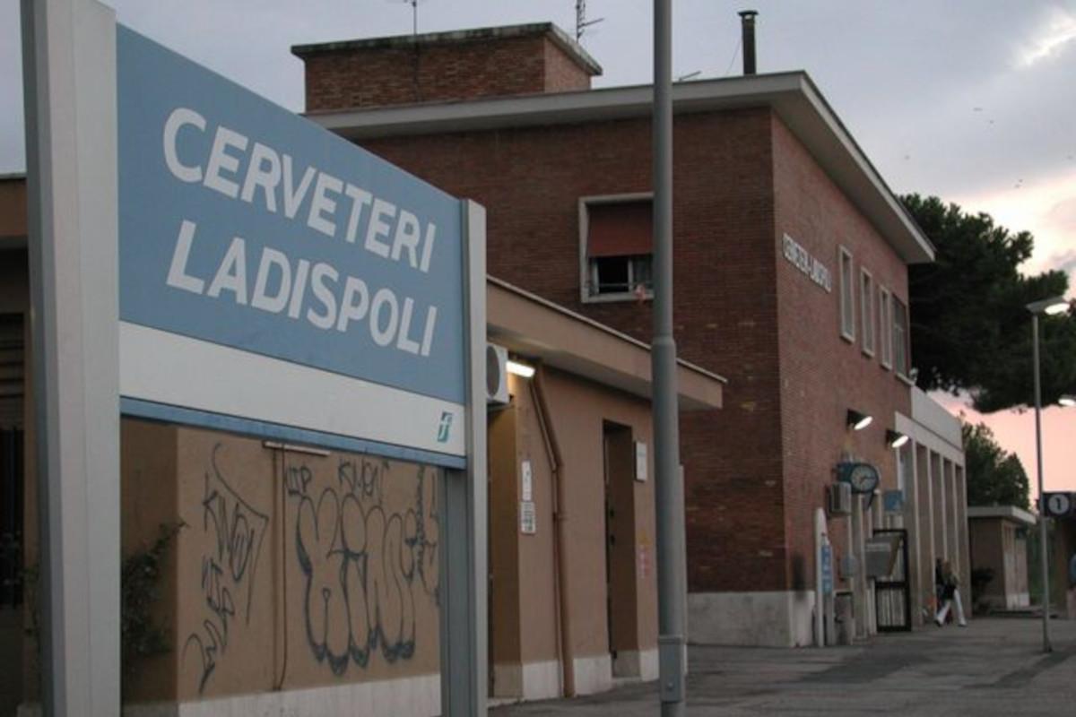 Stazione ferroviaria di Cerveteri-Ladispoli