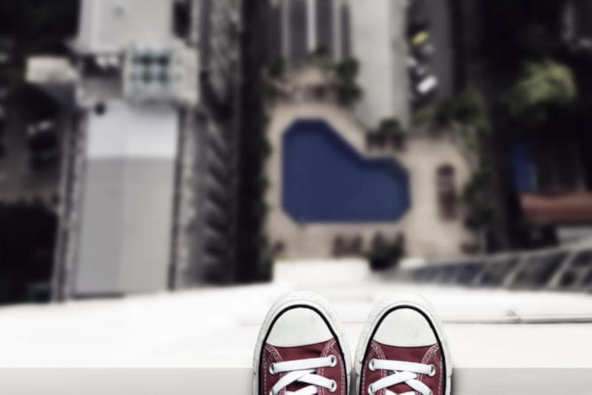 Suicidio, gettarsi dal balcone