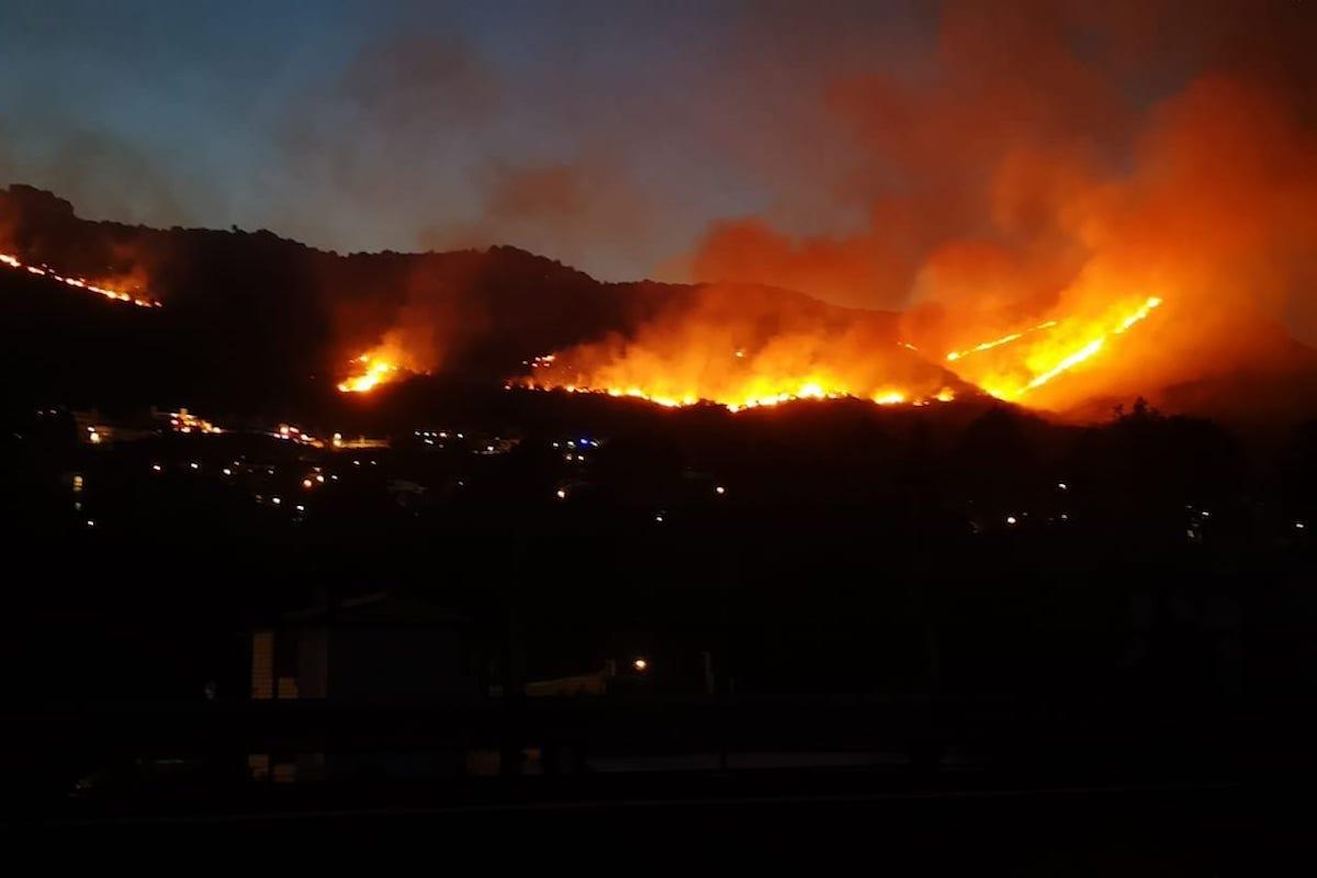 Incendio su Monte Catillo (Tivoli)