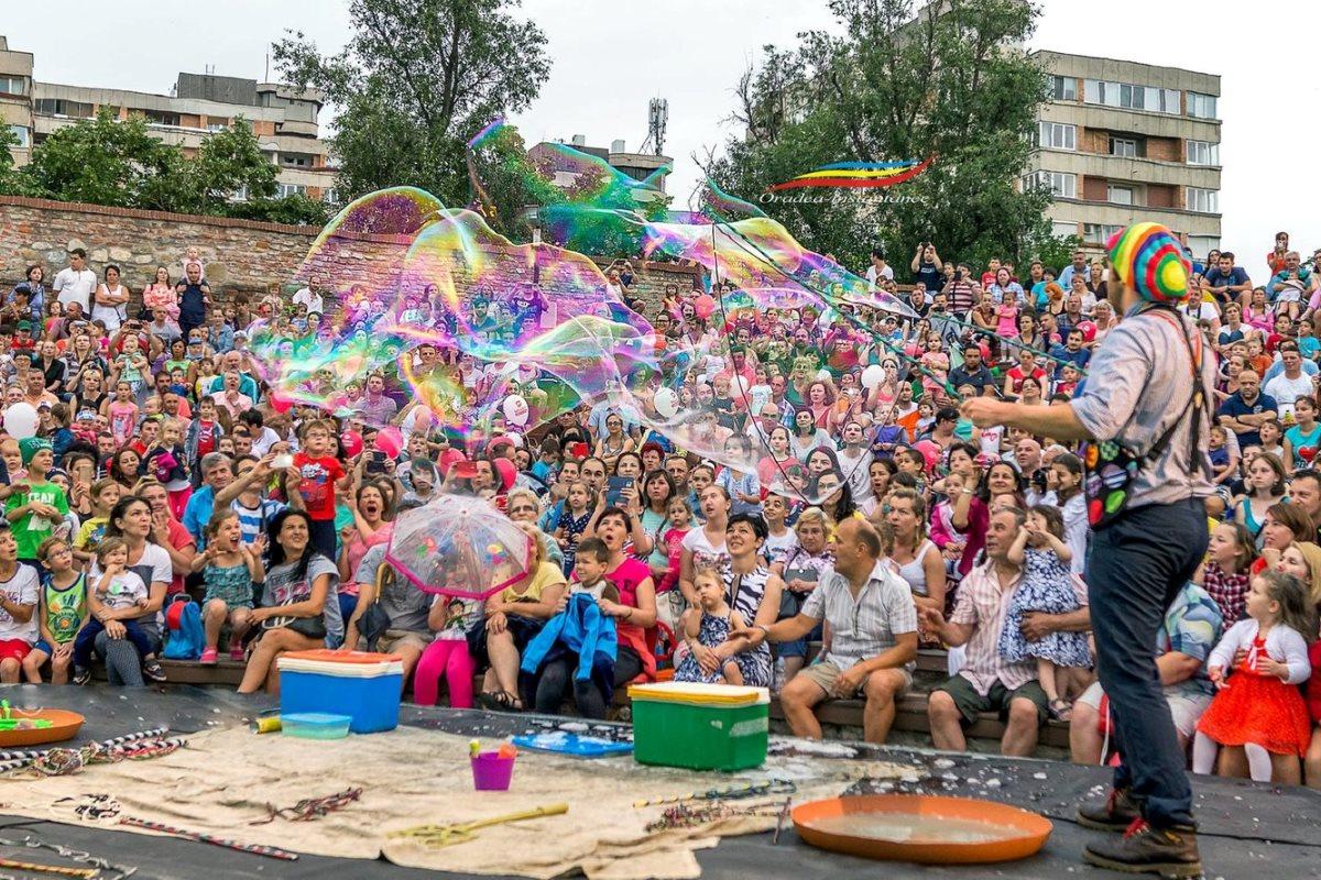 International Buskers Festival