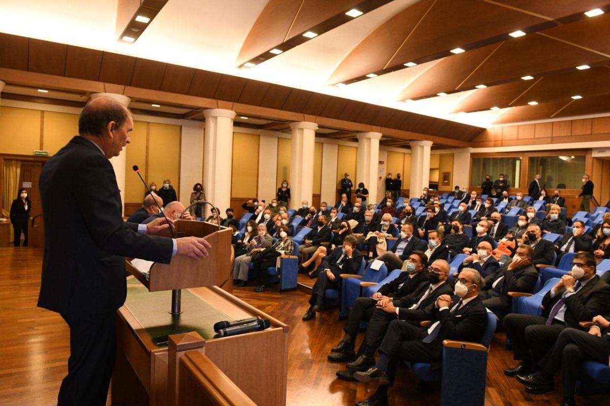 Sala della presidenza del Consiglio Regionale del Lazio intitolata a Giovanni Bartoloni