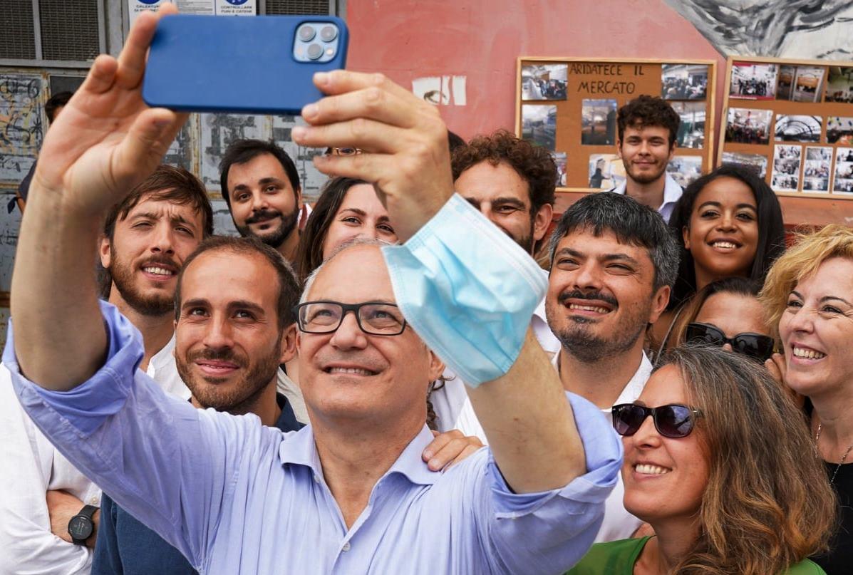 Roberto Gualtieri, selfie