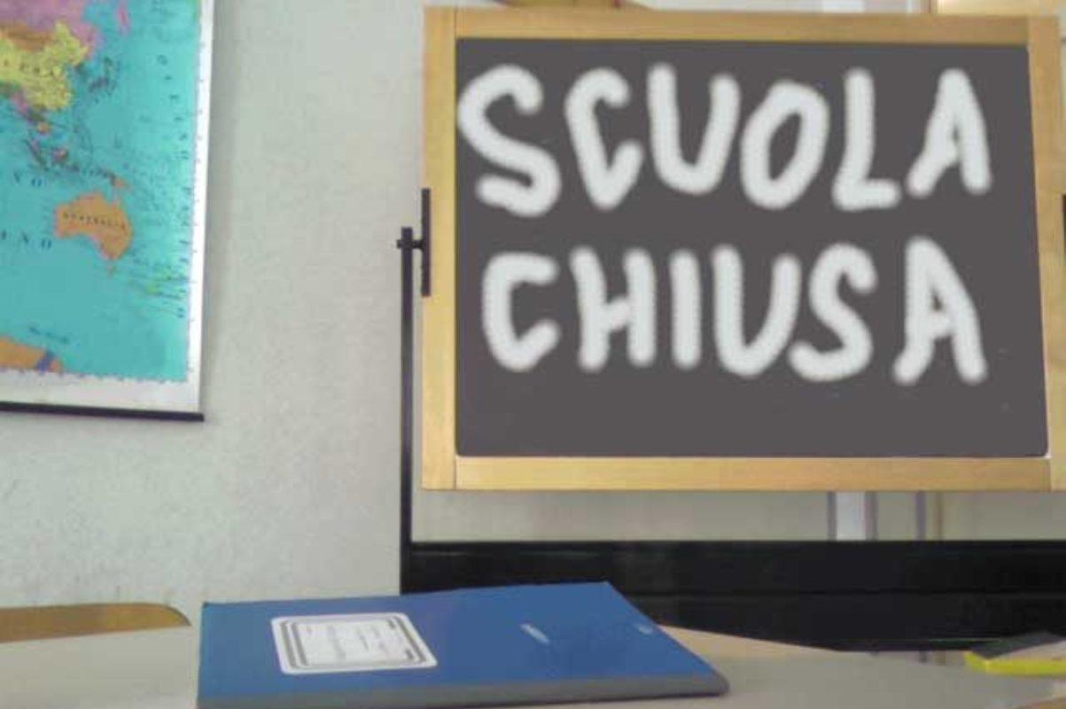 scuola chiusa